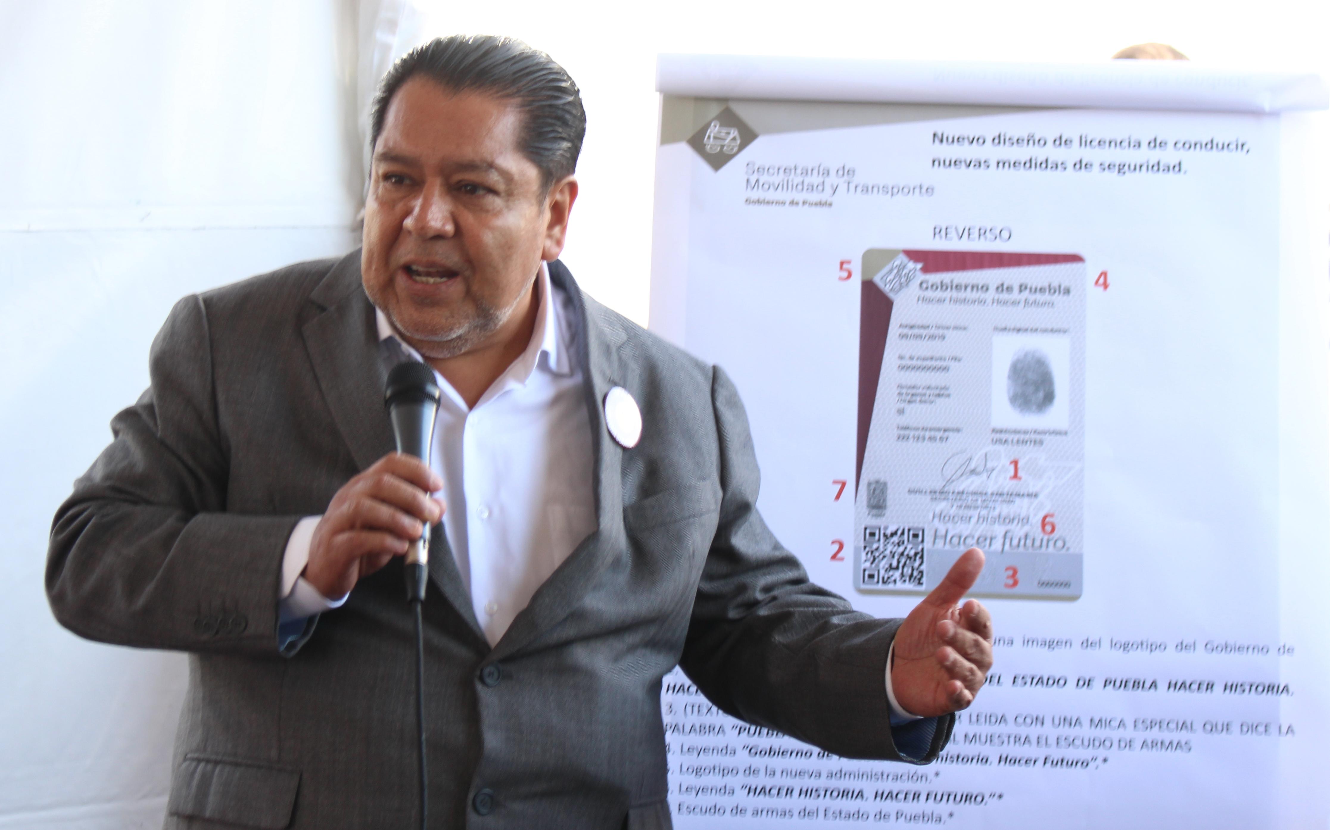 Presenta Smt Nueva Licencia Con 10 Candados De Seguridad